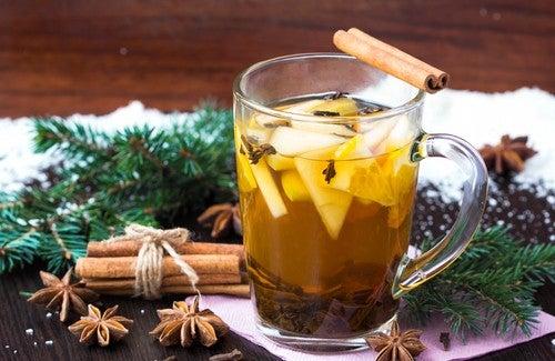 Чай с корицей - вкусно и полезно!