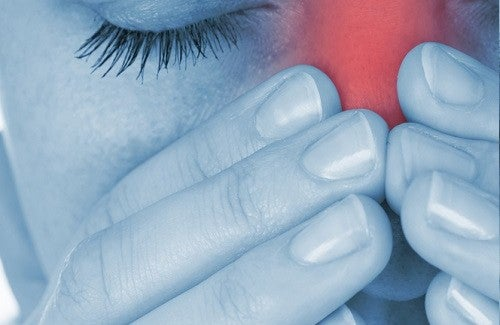 Эти 5 натуральных средств помогут вылечить аллергический ринит
