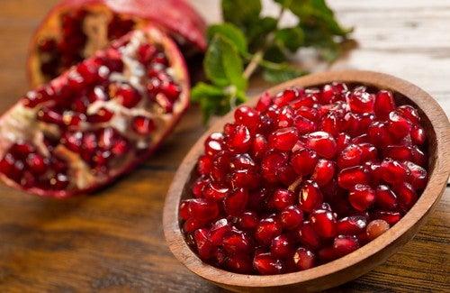 Гранат - фрукт, очищающий артерии