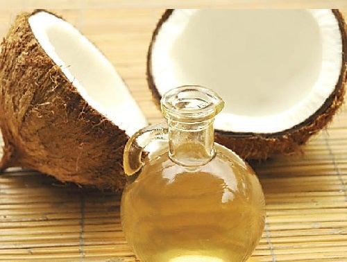 Масло кокоса и ароматические свечи