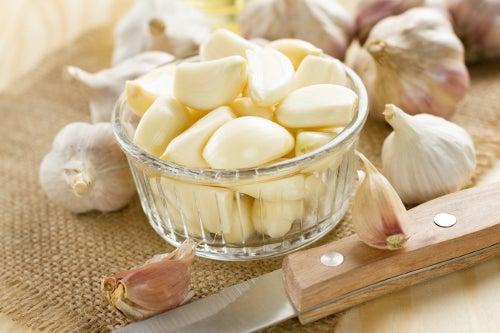 Будьте здоровы: чеснок и его целебные свойства