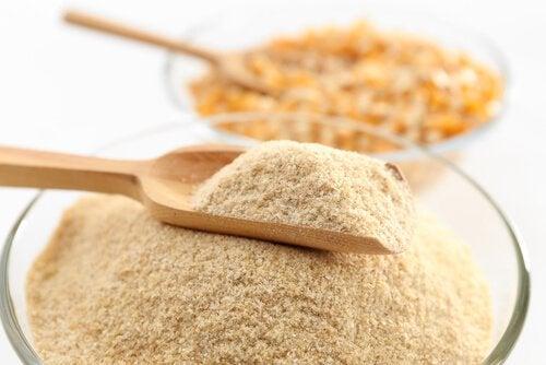 Кукурузная мука и другие средства от мозолей