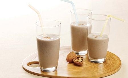 молоко-орехи