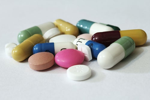 Таблетки и боль в желудке