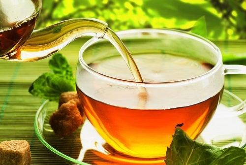 Травяной настой для улучшения пищеварения, 3 лучших рецепта!