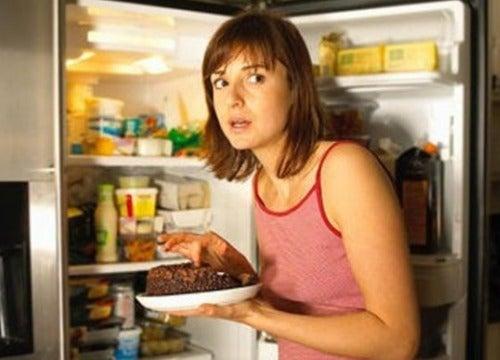 Как бороться с постоянным наличием нервного голода?