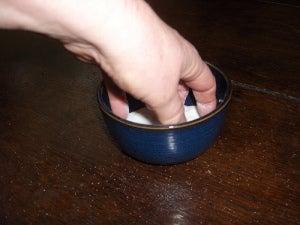 Соль может пригодиться для уборки