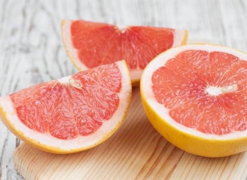 Грейпфруты Выводят токсины из организма