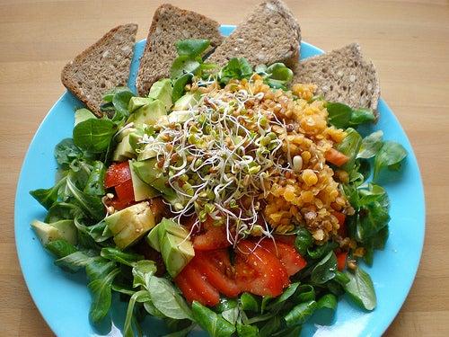 потеря веса с помощью салата