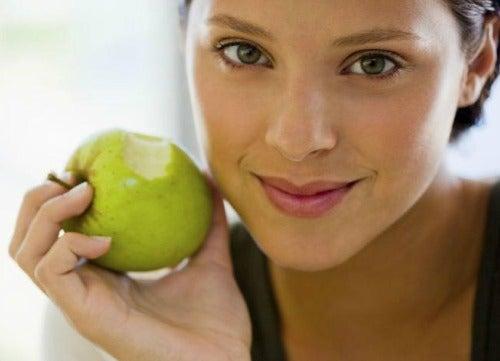 10 секретов здорового питания для тех, кто хочет похудеть