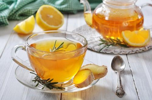 чай с имбирем При боли в горле