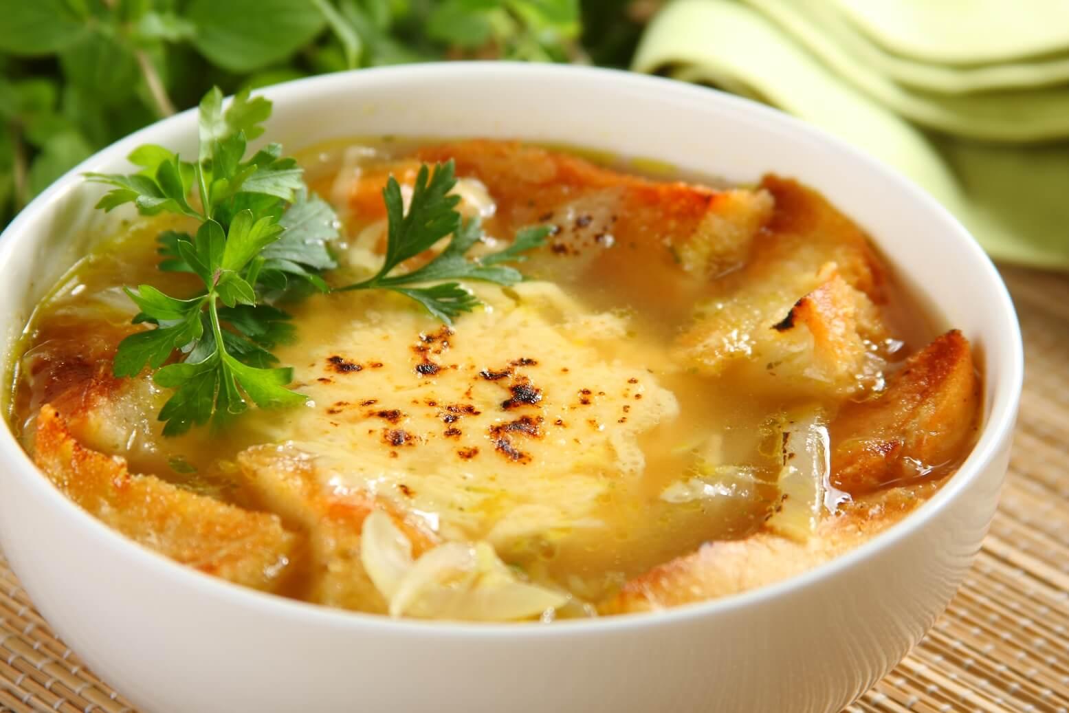 Низкокалорийный ужин и луковый суп