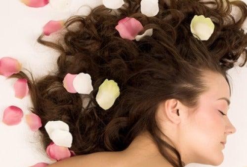 Духи для волос из натуральных компонентов