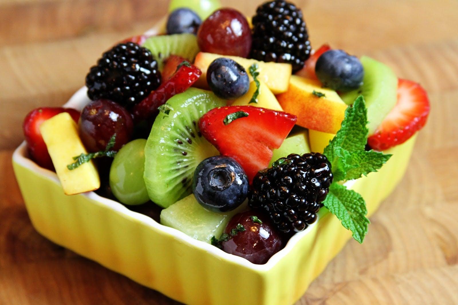salat-frukty