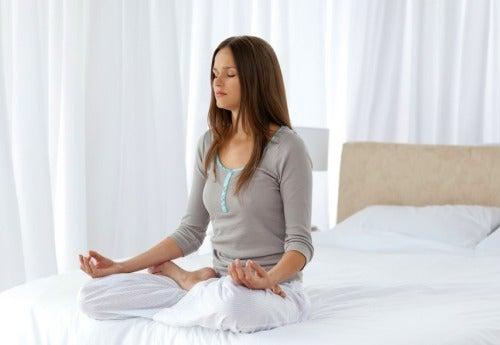 негативная энергия уйдет с медитацией