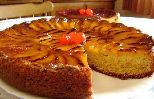 Рецепт изысканного бисквита с яблоками