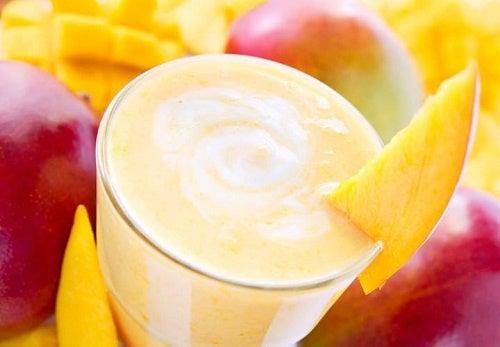 Коктейли из манго, которые помогут вам похудеть