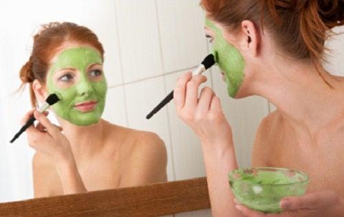 8 советов для тех, кто считает свое лицо слишком полным!