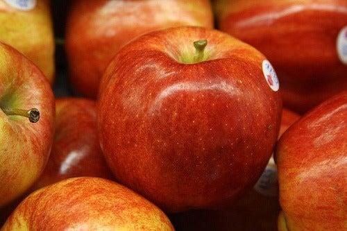 яблоки помогут очистить кишечник