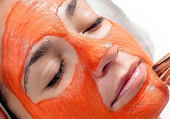 Морковная-маска-2