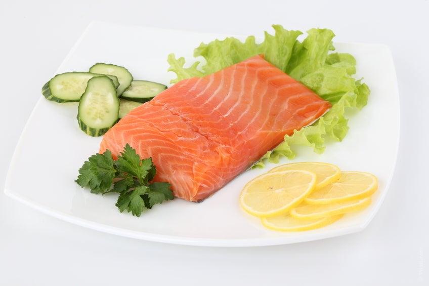 Красная рыба и польза лимона
