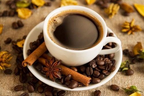 Польза кофе: за что мы его так любим?