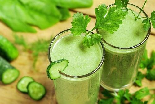 Как очистить организм: 9 полезных напитков - Шаг к Здоровью