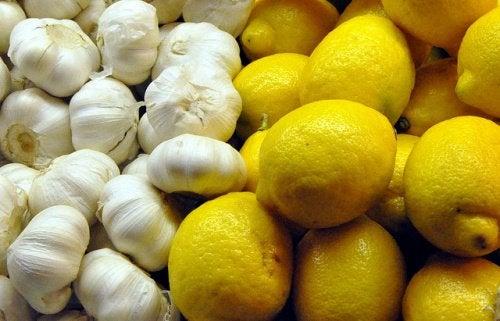 Чеснок и лимон снизят уровень холестерина