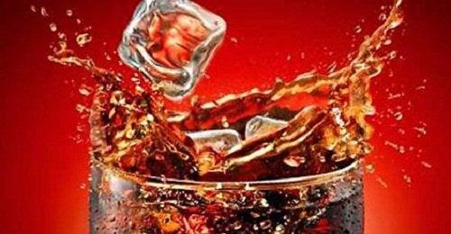 Как кока-кола влияет на наш организм?
