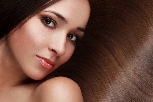 Как сохранить волосы красивыми и здоровыми