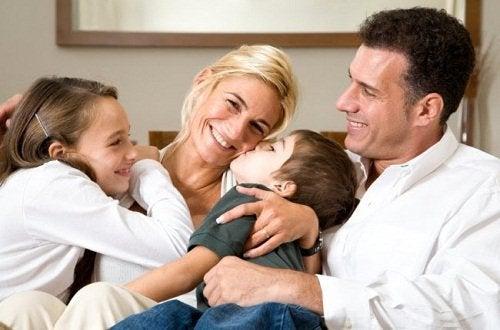 Семья и поддержка
