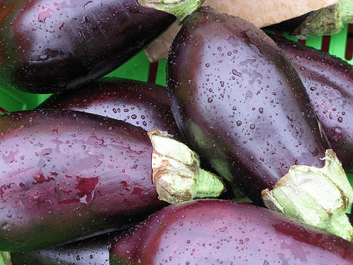 Eggplant relieve fat deposits in the abdomen