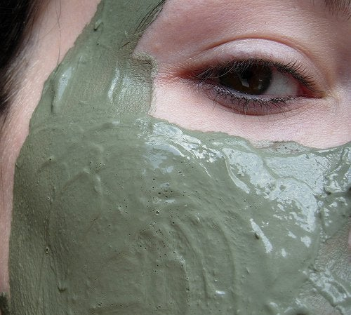 maska iz gliny
