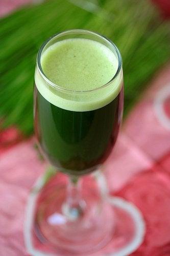 Зеленый коктейль на ужин