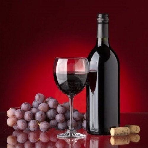 Один бокал красного вина поднимет настроение