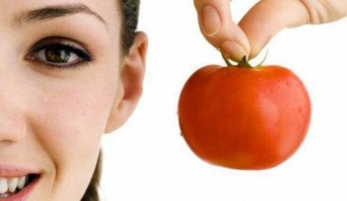 Домашняя маска из помидора