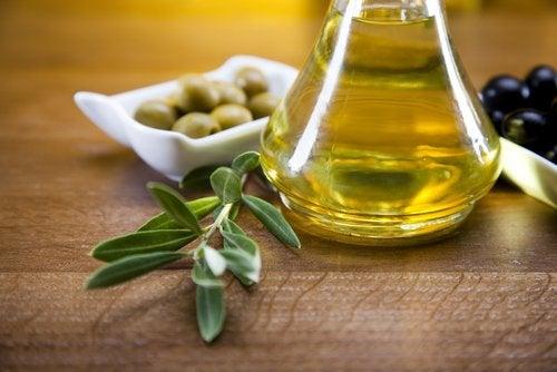 Секущиеся кончики и масло