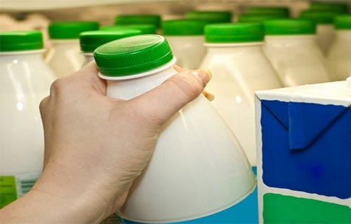 Научное исследование Гарварда не рекомендует употреблять в пищу обезжиренное молоко