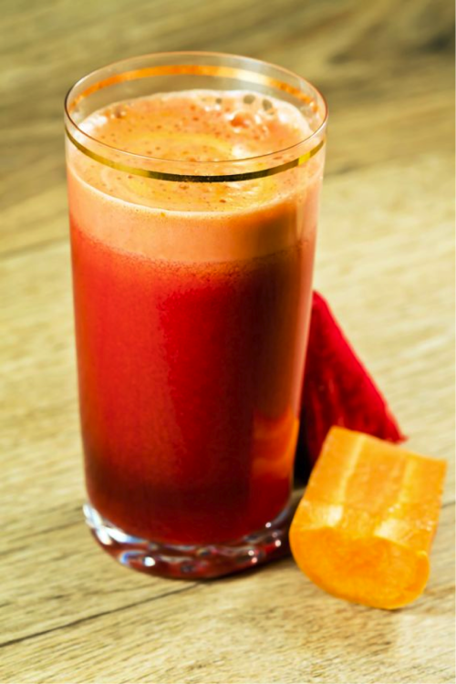 Свекольный сок предотвращает запор и лишний вес