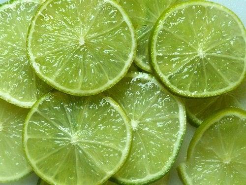 Полезные свойства лимона: диуретик