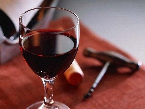 Красное вино и молодость