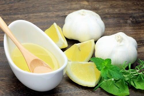 Чеснок и лимон снизят холестерин