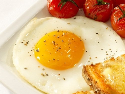 Сбросить вес с помощью яиц и белка