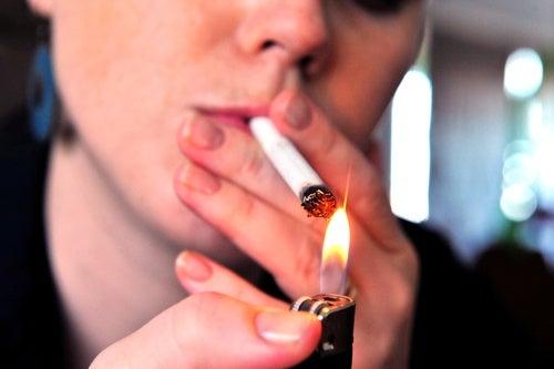 Курение и морщинки вокруг рта
