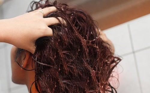 Ополаскиватель из льна для укрепления волос