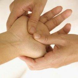 Массаж рук чтобы снять онемение