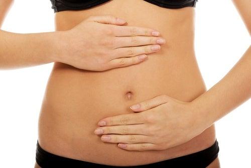 Детокс-вода: 3 рецепта для очищения организма и плоского живота!