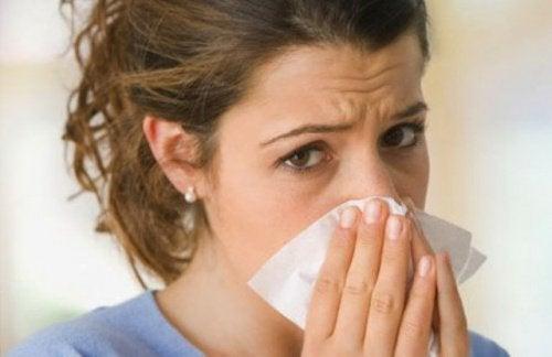 Частые носовые кровотечения? Узнайте, почему это происходит!