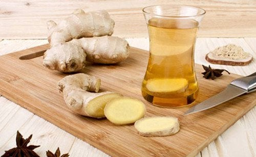 Имбирный чай снимет боль в костях