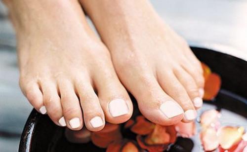 Натуральные масла помогут сохранить красоту и здоровье ваших ног
